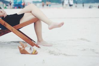 Těžké a unavené nohy - jak jim ulevit